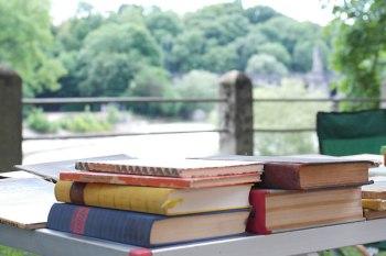 Bücherflohmarkt LISAR
