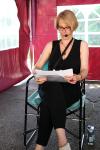 Heidi Rehn im LISAR-Lesezelt